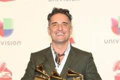 Jorge-Drexler-Best-Singer-Mejor-Álbum-Cantautor-